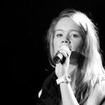 Maria Bondestad skal videre til Bodø med ABBA-sangen «Thank you for the music». Foto: Robin Lund, Fotonaut.no