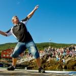 Ņpent nasjonalt mesterskap i tørska torskhaudryling under Bryggetreffet på Liland. Foto: Robin Lund, fotonaut.no