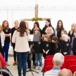Evenes barnegospel fremførte sang i to runder under gudstjenesten. Foto: Robin Lund, fotonaut.no