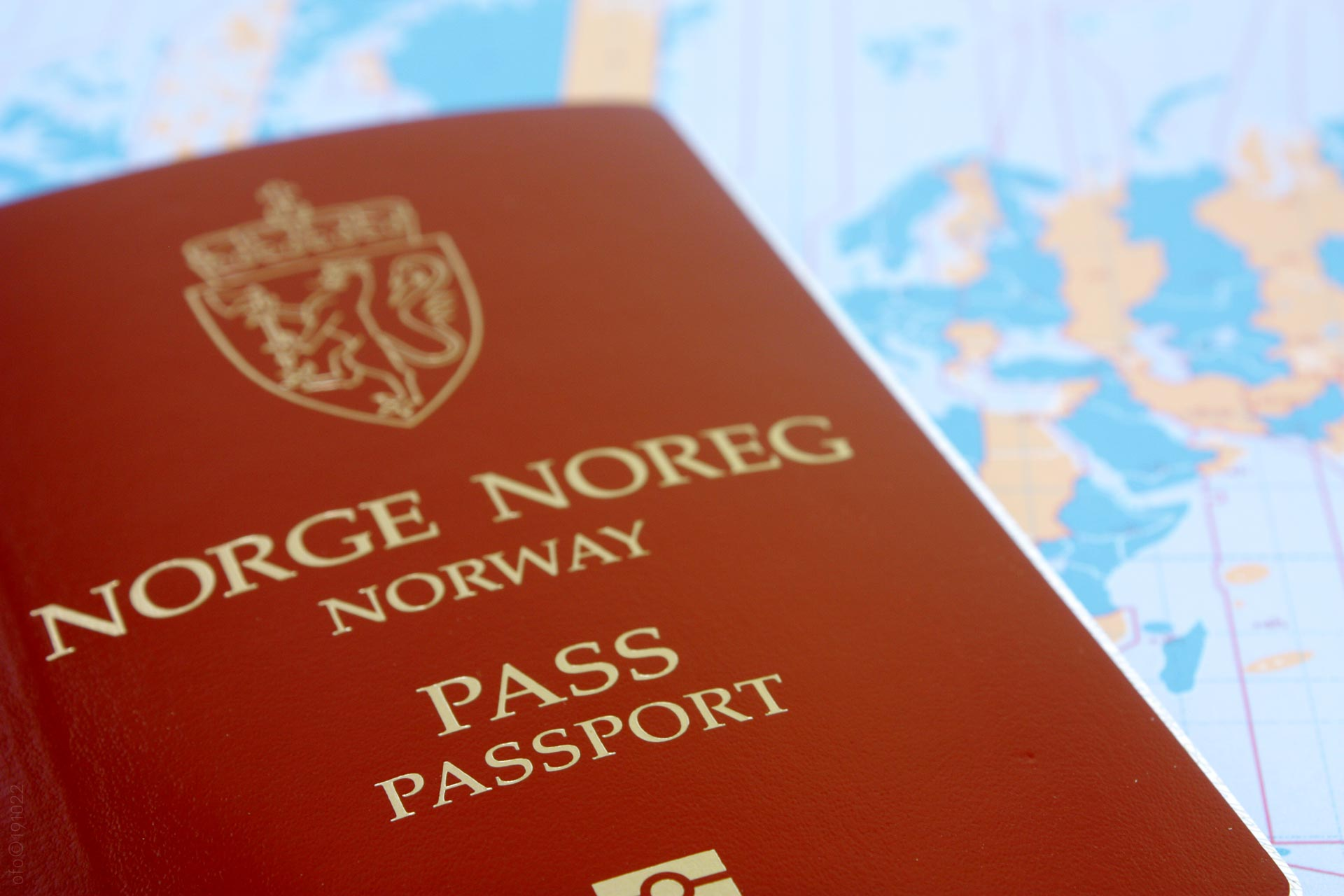 Norsk pass på kartet. (Foto: Robin Lund)