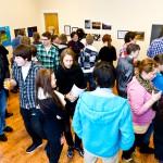 TJELDSUND 26. FEBRUAR 2011 - ETS UKM i Fjelldal samfunnshus. Utstillerne sto parat for å svare på spørsmål fra et interessert publikum. Foto: Robin Lund