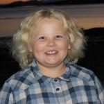 12. oktober blir Pia Helene Sandvik fra Liland 9 år. Gratulerer så mye med dagen! Stor klem fra Terese, mamma og pappa. (Foto: Anja Karlsen)